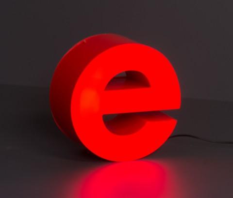 LED-Leuchtbuchstabe-e